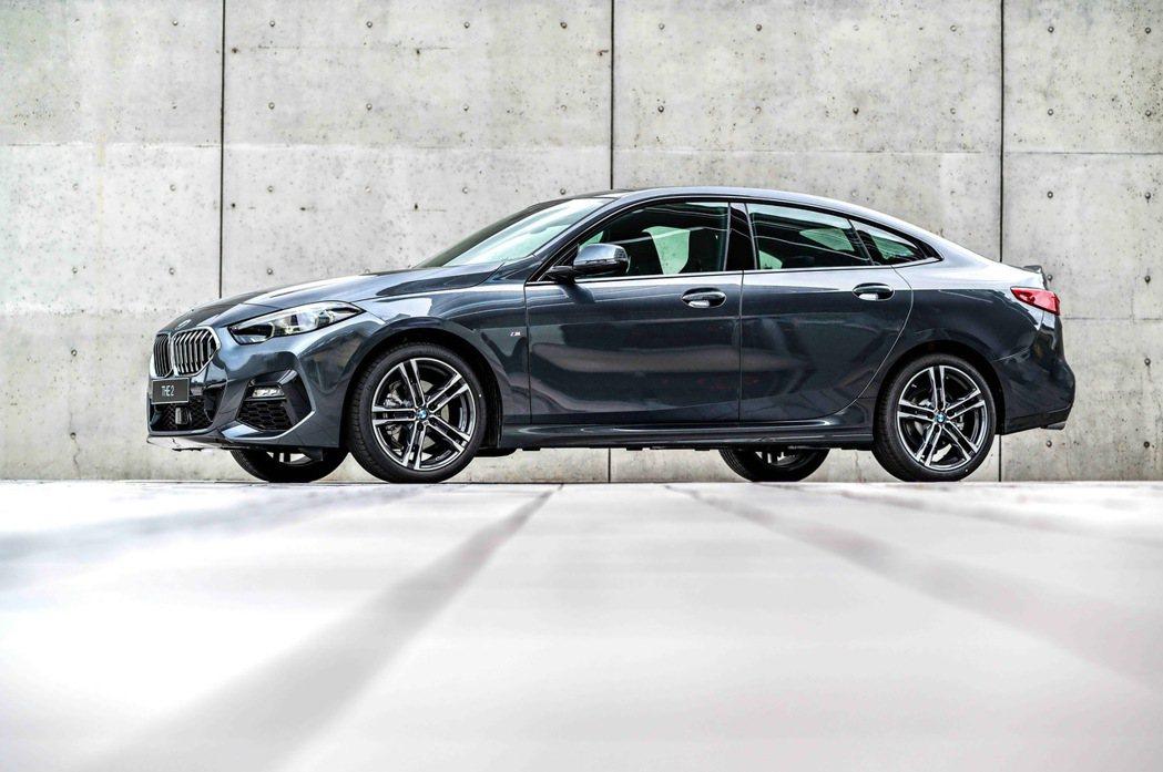展演動感美型與跑車姿態的全新BMW 2系列Gran Coupé,不僅可享低月付9...