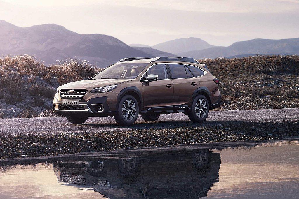 大改款Subaru Outback車身尺寸再放大,提供超大豪華收納車廂空間,並配...