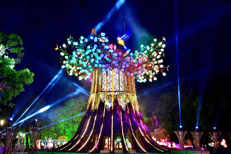 觀光局今宣布下兩屆台灣燈會的主辦城市評選結果,分別由高雄市、台北市獲選2022、2023年台灣燈會舉辦縣市。 圖/觀光局提供