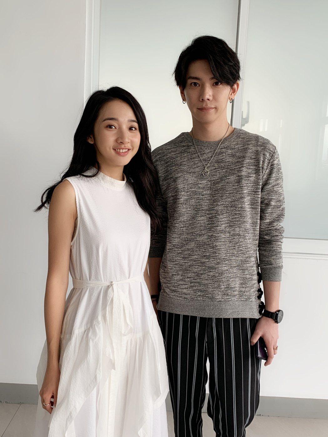 李沐(左)與楊宇騰在「永遠的第一名」中對戲。圖/WeTV、結果娛樂提供
