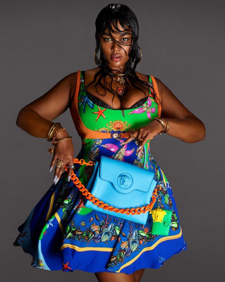 Precious Lee入鏡Versace春夏廣告。圖/Versace提供