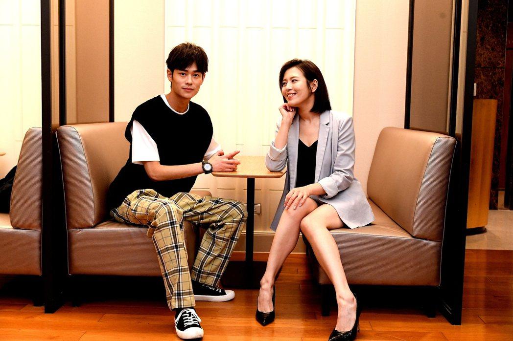 夏騰宏(左)和劉品言合作「未來媽媽」。圖/三立提供