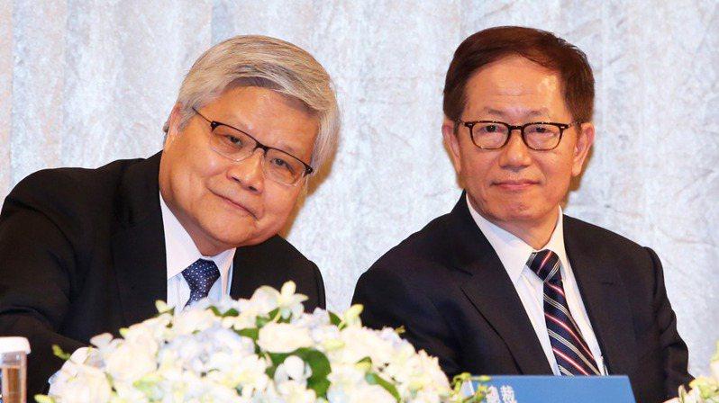 台積電昨天舉行線上法說會,由董事長劉德音(右)與總裁魏哲家共同主持。(本報系資料庫)