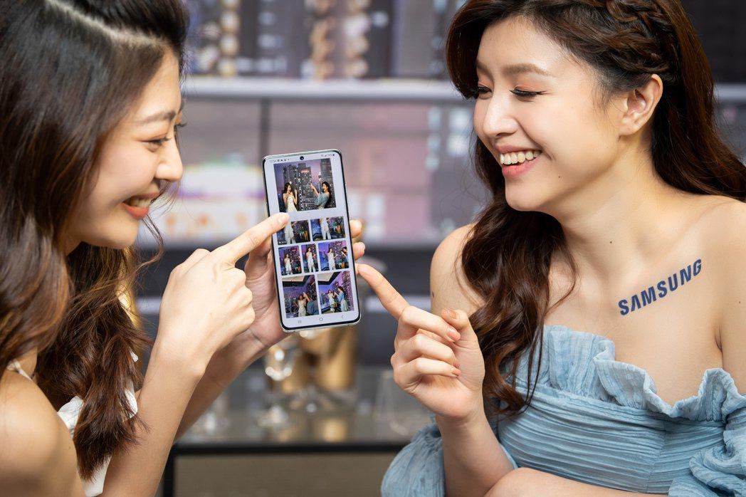 Samsung Galaxy S21系列的「一鍵拍錄」再進化,可透過AI自動捕捉...