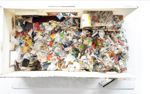 圖說:垃圾屋模型 圖/麥田出版 提供