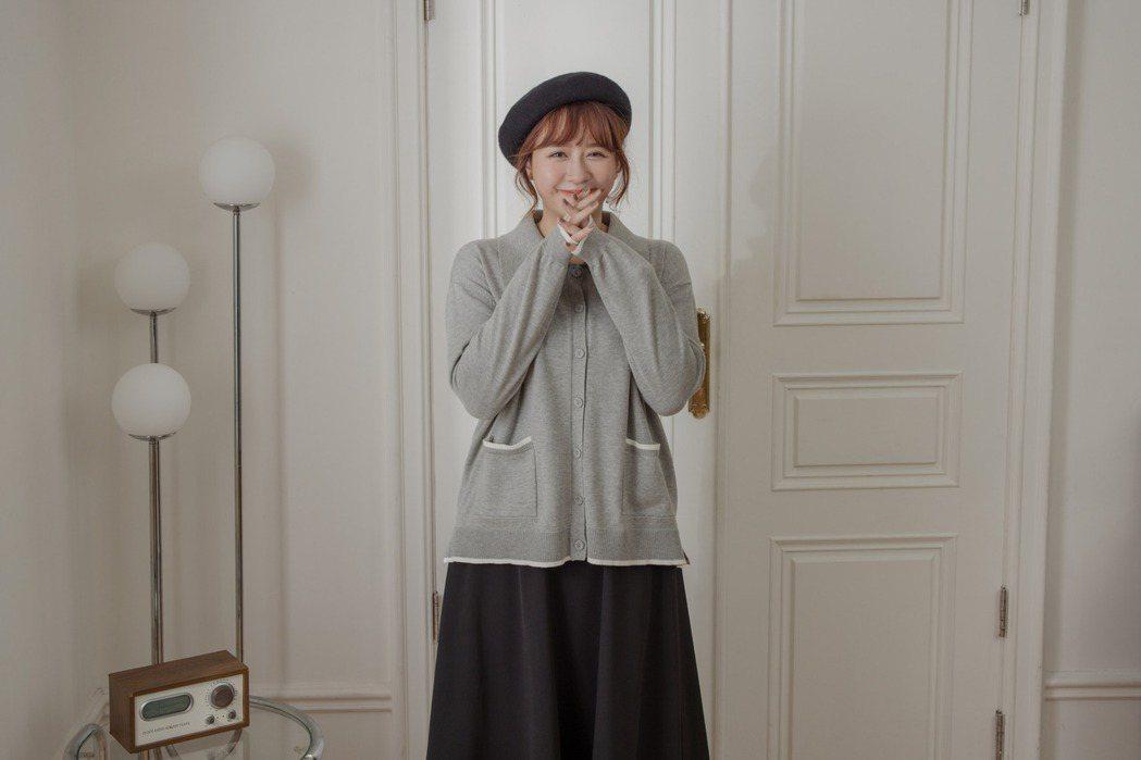 時尚女裝品牌MO-BO與網紅梨寶,共同推出聯名服飾。 業者/提供