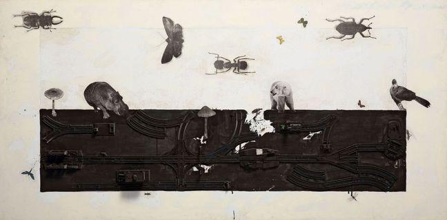 盧明德,《打狗系列7》,2001,複合媒材,123×245 公分。圖像由藝術家提...