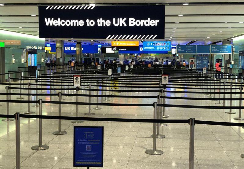 英國14日宣布,自格林威治時間15日凌晨4時起禁止所有南美洲旅客入境。法新社