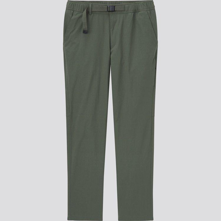 UNIQLO男裝尼龍工作長褲990元。圖/UNIQLO提供