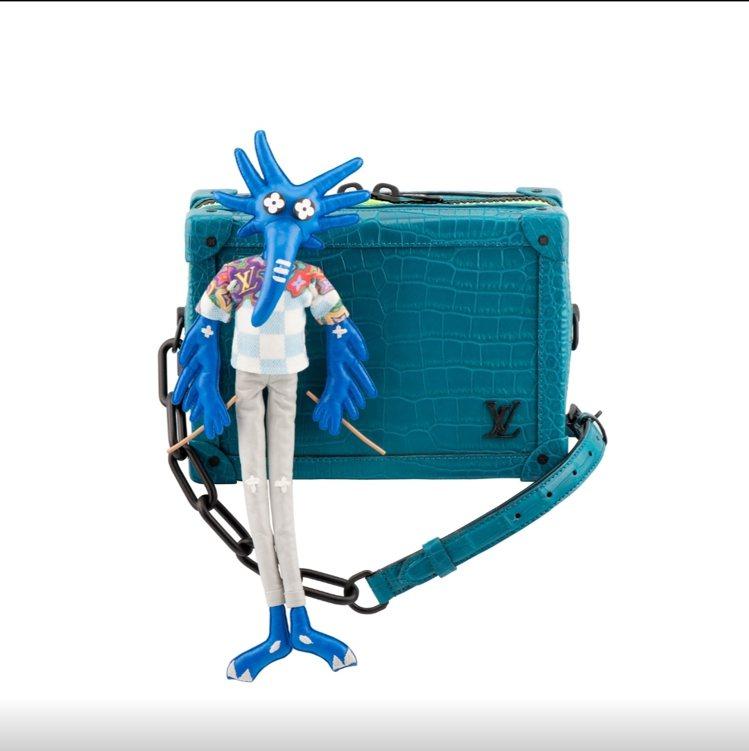 鱷魚皮Soft Trunk側背包,122萬元。圖/LV提供
