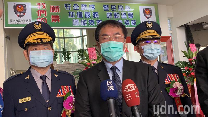 台南市長黃偉哲談扁媽。 記者吳淑玲/攝影