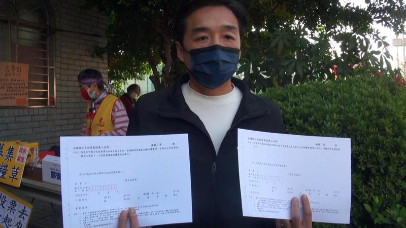 國民黨高市黨部發動反萊豬公投連署,一周來已回收一萬多份。記者王昭月/攝影