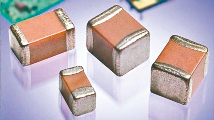 近年併購案集中在被動元件、矽晶圓、半導體等產業。圖為被動元件。(本報系資料庫)