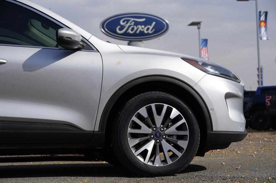 福特汽車上周已關閉肯塔基州一座運動休旅車組裝廠,位於德國一座小型車敞也將停工一個...