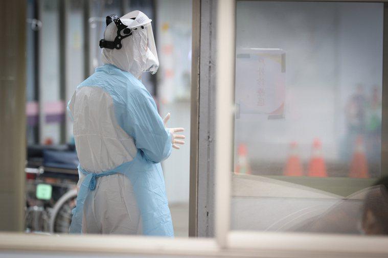 北部某醫院醫護群聚事件今日升溫,院內染疫人數累計4人。聯合報系資料照片/記者葉信...
