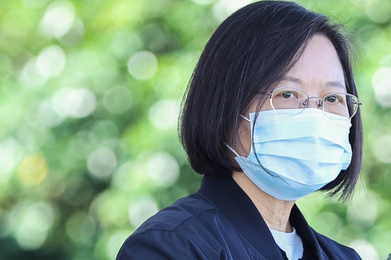 蔡總統致信全國醫護:病毒再厲害 也比不過人心團結