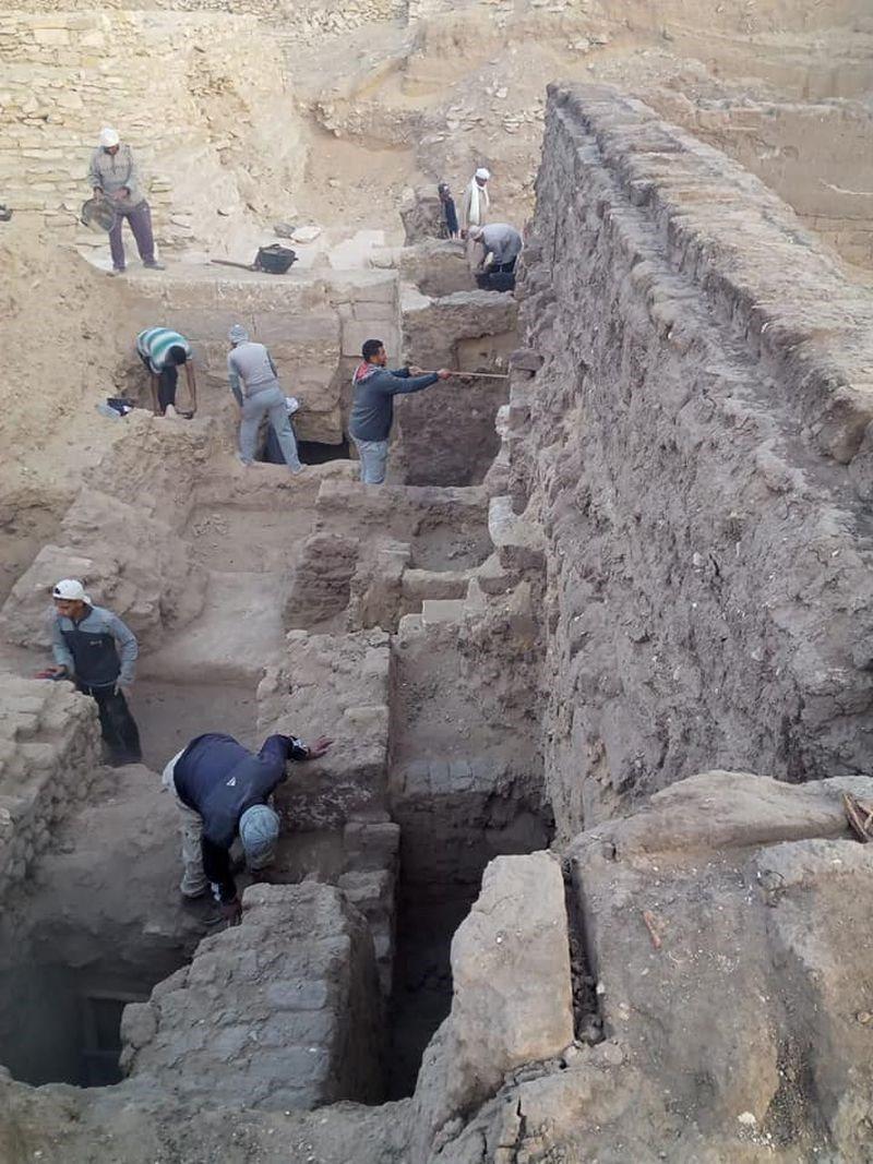 埃及考古新發現 新王國時期52具木棺出土