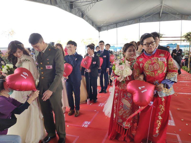 科技部南科管理局今舉辦2021年園慶暨集團婚禮,現場喜氣洋洋。記者謝進盛/攝影