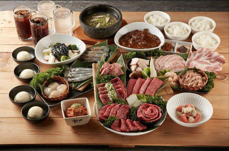 板橋車站「乾杯燒肉居酒屋-乾杯列車」推10人優惠套餐,原價8,320元,1月31...