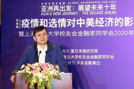 新冠疫苗打中國的還是美國?張文宏:入鄉隨俗