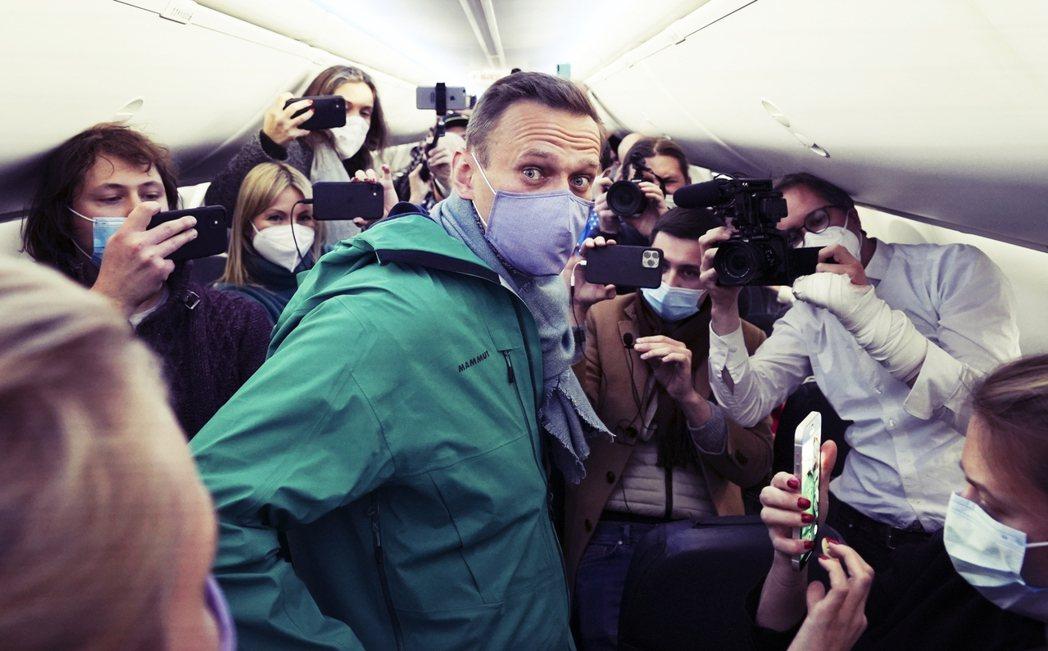 遭俄製化學武器「諾維喬克」下毒行刺而瀕臨死亡的俄國異議運動領袖——納瓦爾尼(Al...