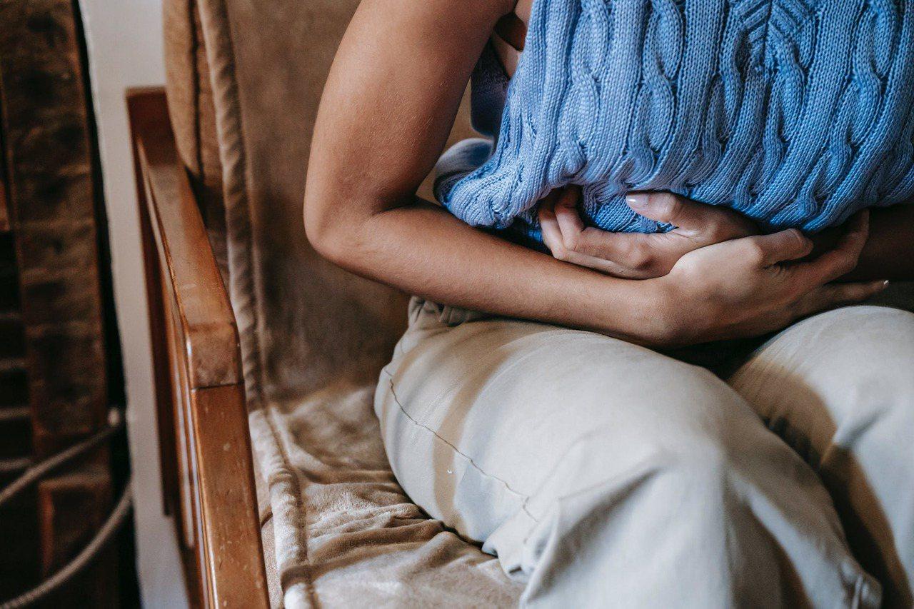 膀胱過動症是膀胱不自主收縮產生急尿的問題,通常會頻尿,白天至少排尿超過8次、急尿...