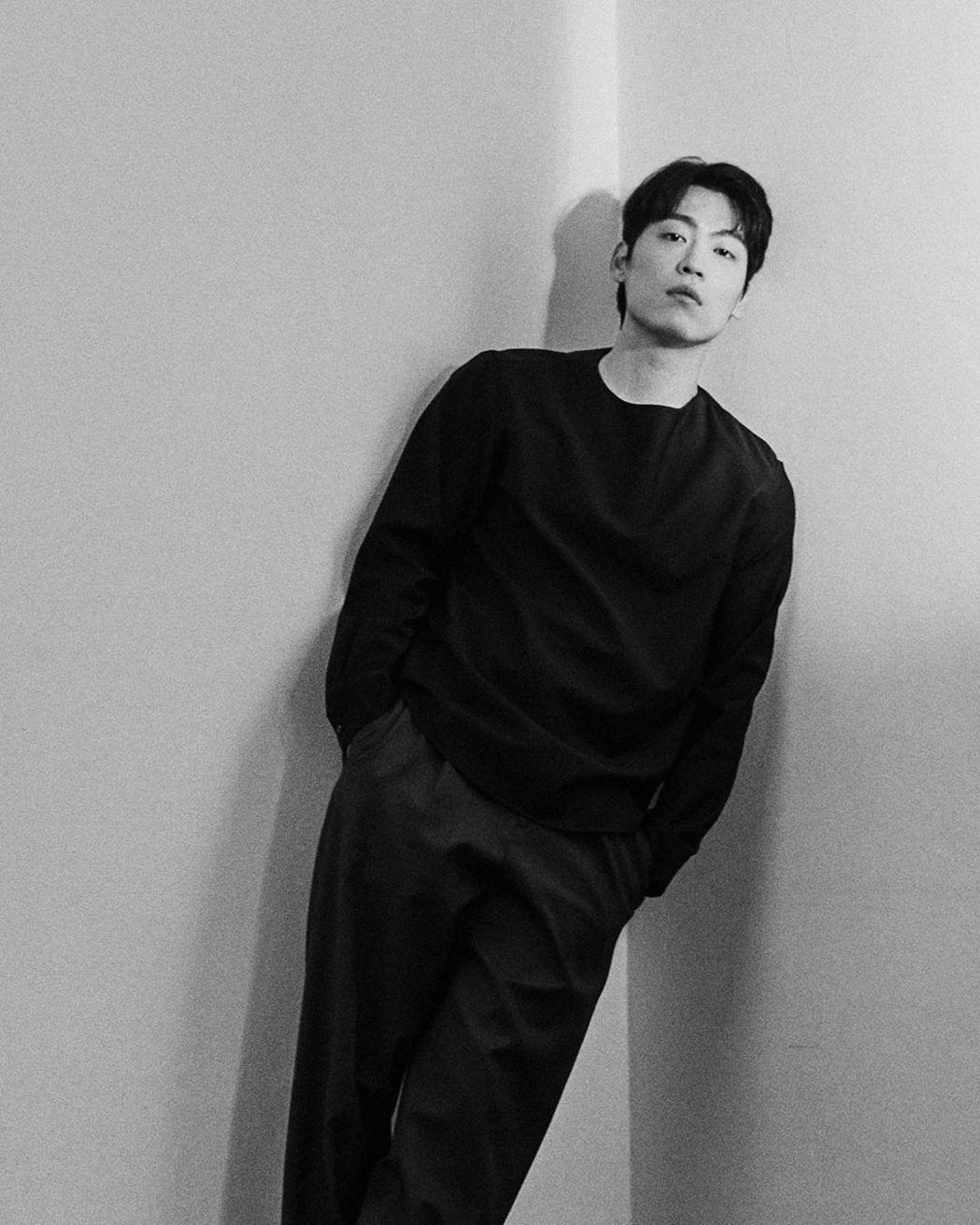 韓國歌手John Park確診新冠肺炎。圖/擷自IG