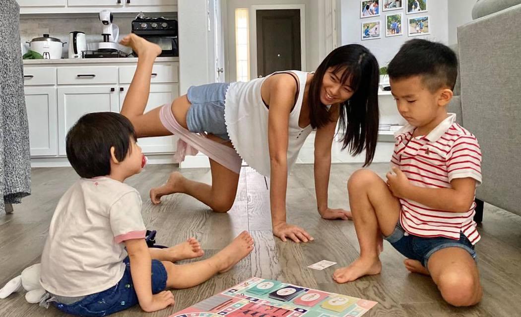 「Stay fit with mi」健身部落客Michelle,用心經營親子健身形象。圖片由Michelle授權