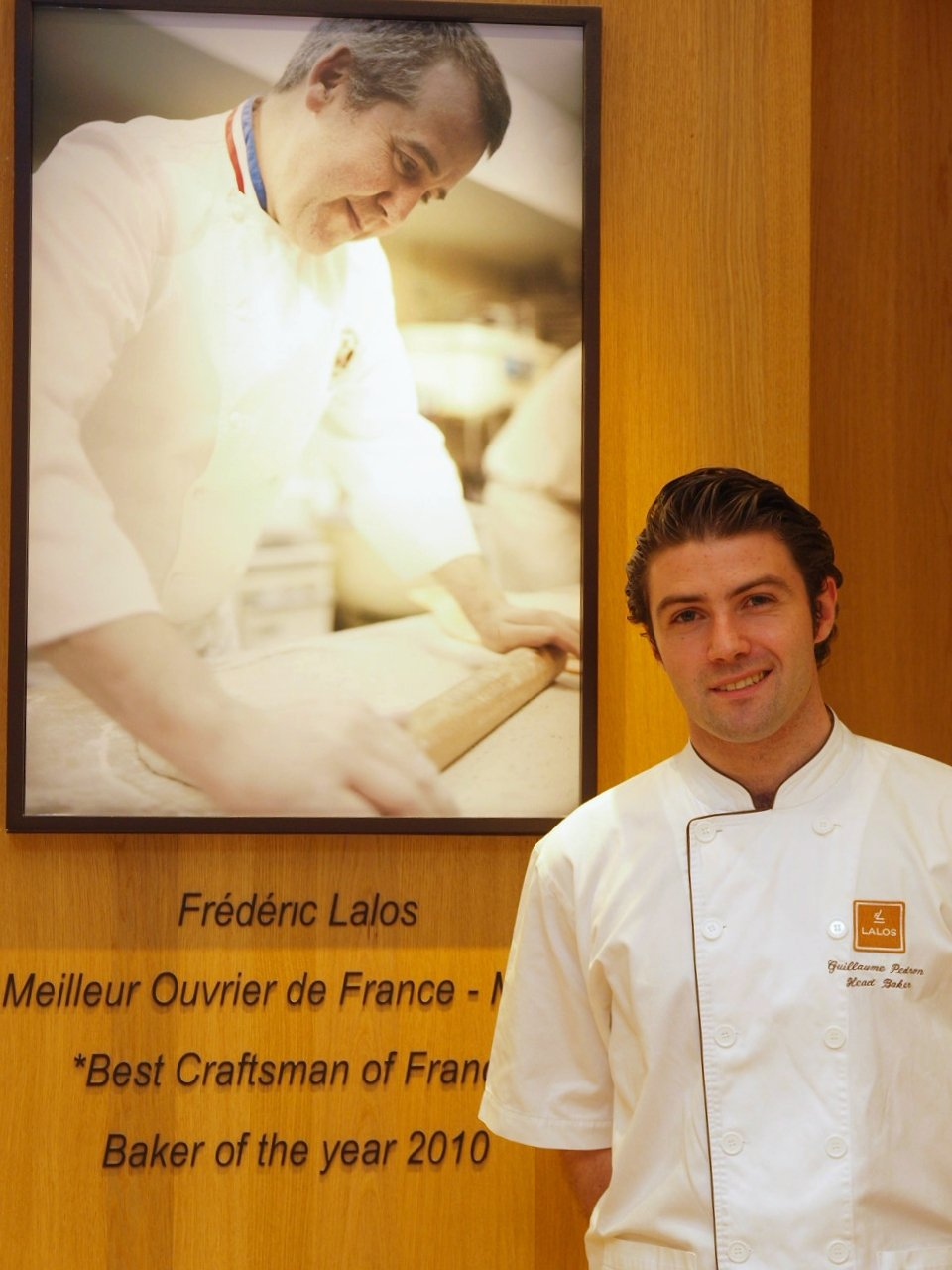 Guillaume自告奮勇進入Lalos Bakery,年僅21歲即成為最年輕主...