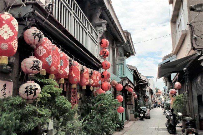 台南許多巷弄老屋打造成特色文創商店。  圖/台灣房屋