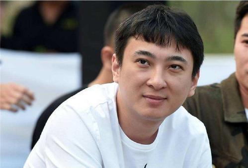 萬達集團董事長王健林曾給獨生子王思聰人民幣5億元(約新台幣22億元)的創業資金。...