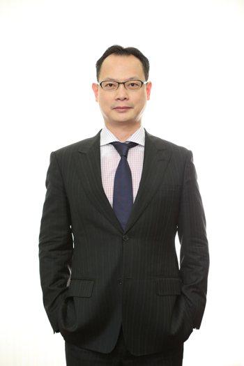 普華商務法律事務所合夥律師梁鴻烈表示,失衡、崩解、高齡化、兩極化、信任等五大趨勢...