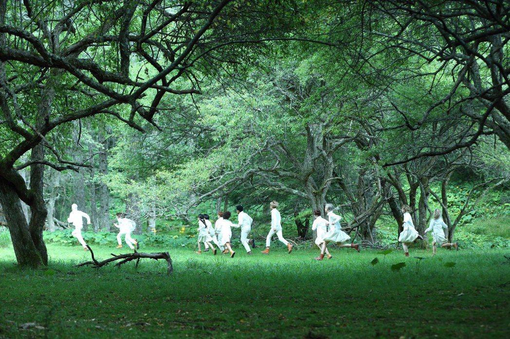 「約定的夢幻島」20日上映。圖/甲上提供