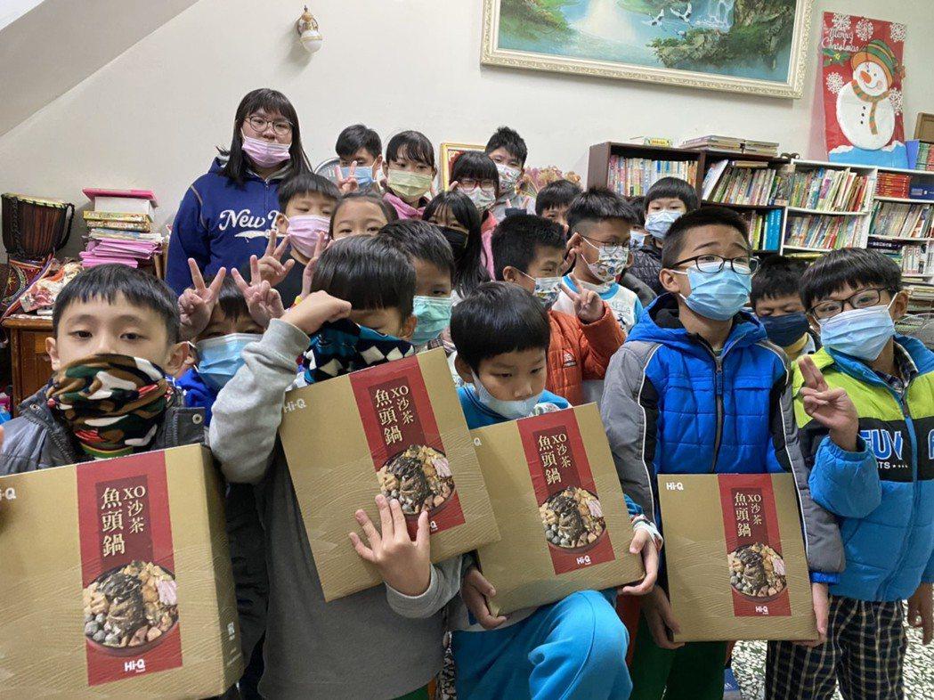台南南房角石1919陪讀班感謝大眾的愛心。中華基督教救助協會/提供