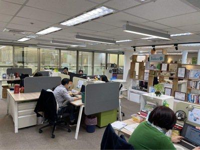 揪科新辦公室一角。 記者林安妮/攝影