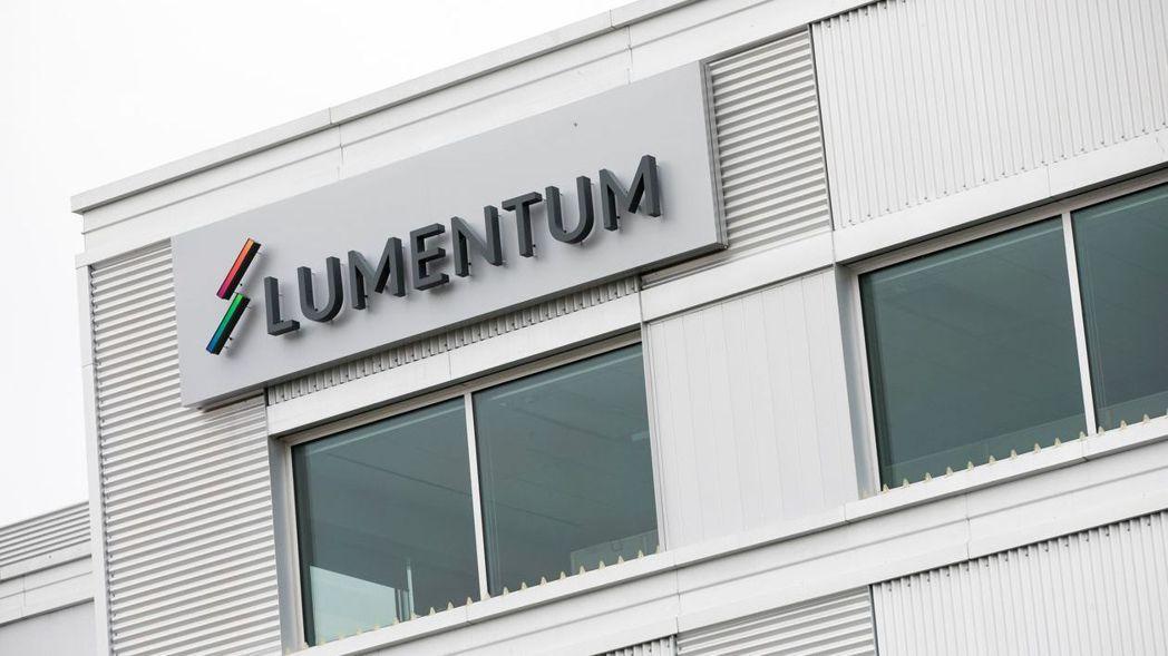 光學元件製造商Lumentum傳將收購雷射製造商Coherent。  路透
