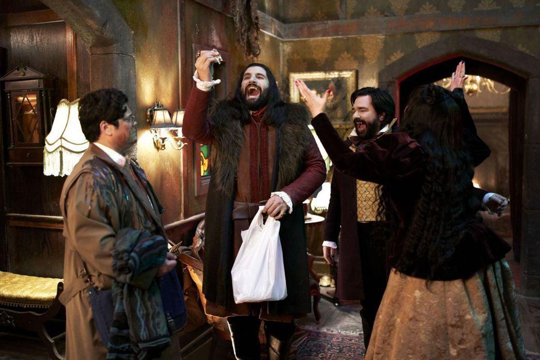 「吸血鬼家庭屍篇」獲得美國廣電影評人協會最佳喜劇影集等多項提名。圖/摘自imdb