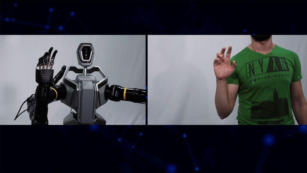 全球最大生活科技新聞網CNET以8分鐘專題影片報導工研院類人雙臂機器人,資深編輯...