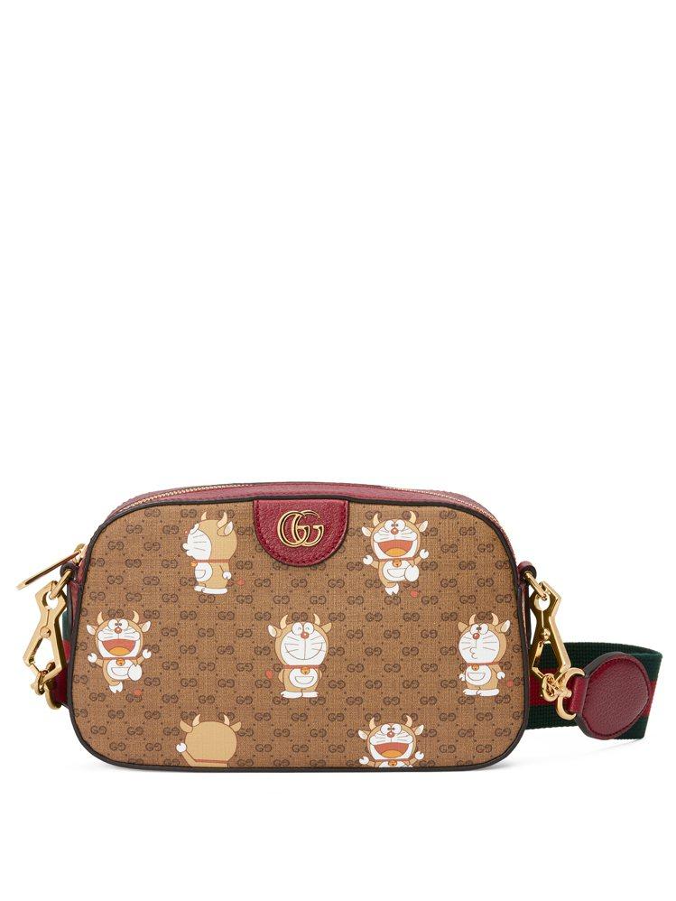 哆啦A夢金牛年肩背包,36,500元。圖/Gucci提供