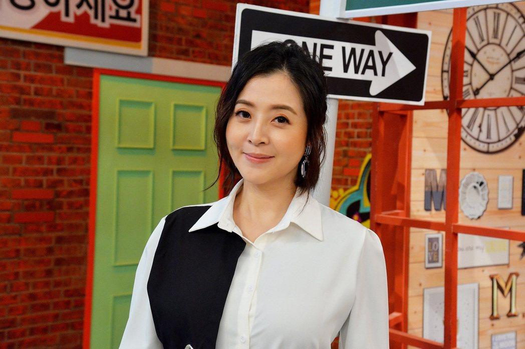 李亮瑾上衛視「請問你是哪裡人」。圖/衛視提供