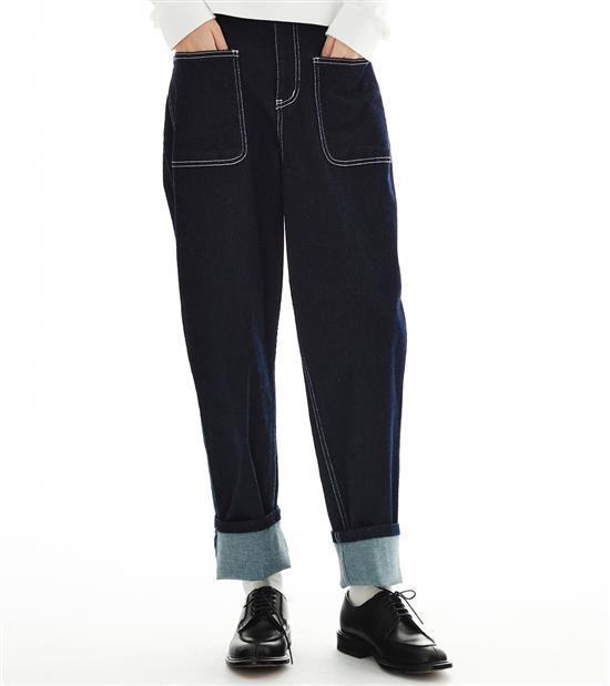 plain-me與陳艾琳聯名系列特級彈性口袋牛仔褲2,480元。圖/plain-...