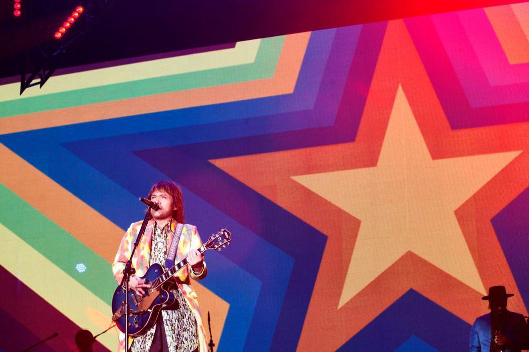 伍佰「ROCK STAR」巡演23日台中場如期舉行。圖/環球音樂提供