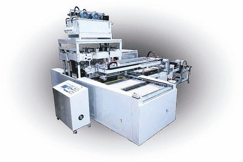緻鎰推出新型六連板高週波熔斷機。緻鎰企業/提供