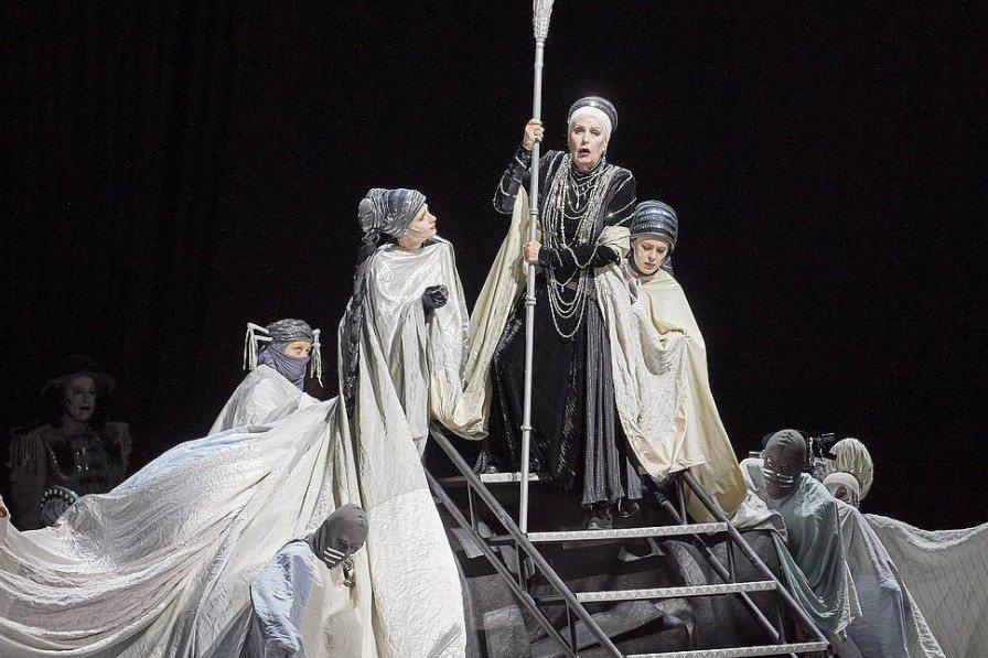 《厄勒克特拉》音樂劇劇照。 圖/取自維也納國家戲劇院