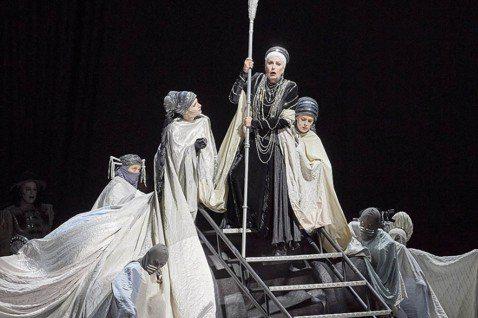 復仇大快人心?經典歌劇《厄勒克特拉》與當代的「私刑正義」