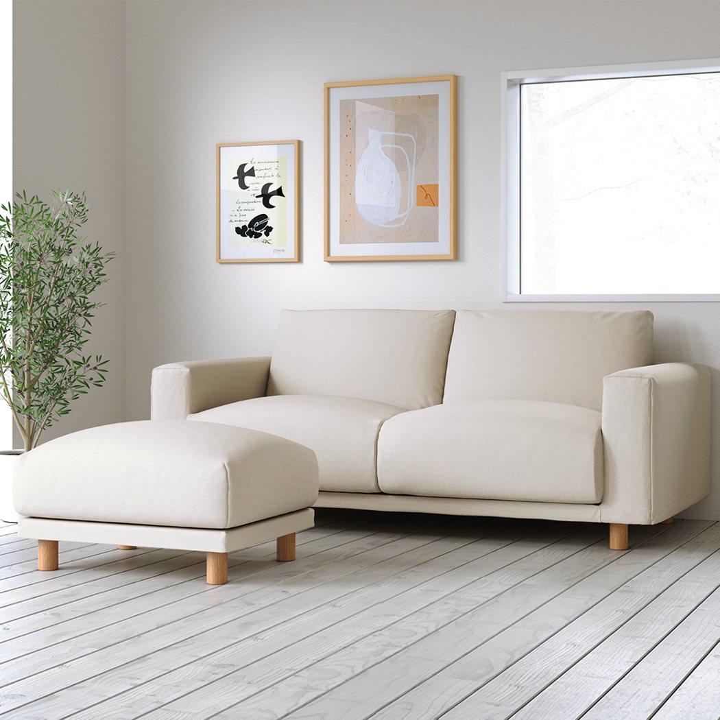 沙發的舒適度,決定在客廳的時間長短。圖/無印良品提供