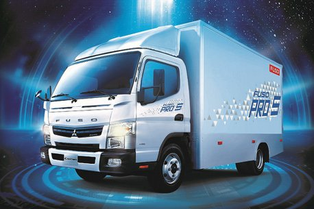 台灣商車霸主!FUSO連續29年稱霸3.5噸(含)以上小型貨車及總巿場雙料冠軍