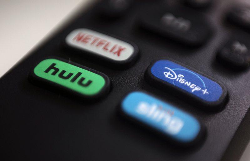 Disney+拿手的電影項目,電影榜單前十名中,Disney+ 佔了七名,Netflix 佔了三名。美聯社