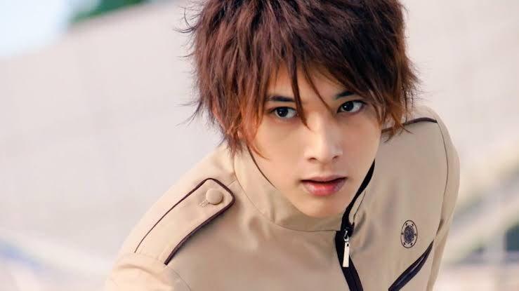 吉澤亮在《假面騎士Fourze》中飾演第二騎士朔田流星。圖/擷自推特