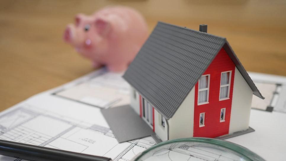 去年賣房,今年可能要繳更多稅! 圖/Pexels